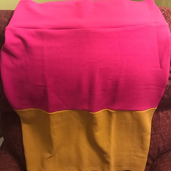 LuLaRoe Dresses & Skirts - Women's Lularoe Cassie skirt